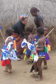 Images from Woza Nawe Cultural Tours - Young girls dressed in traditional costume